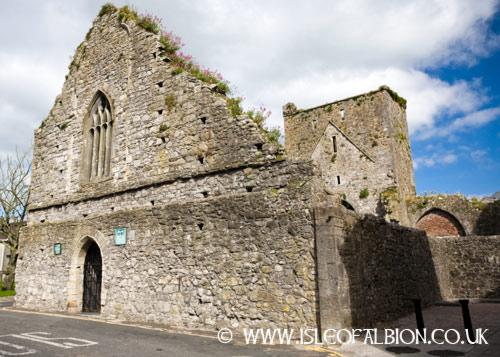 Cashel ruins